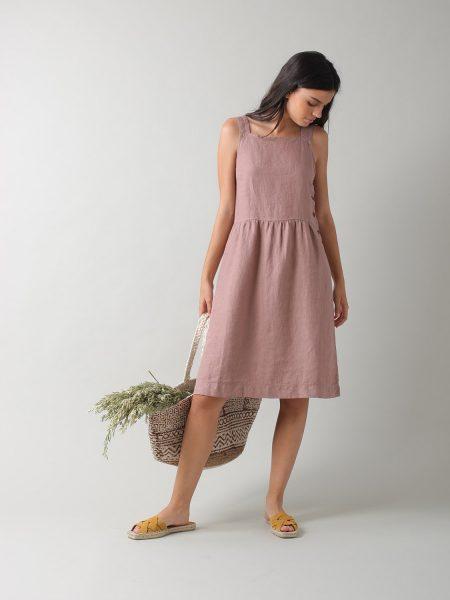 Vestido de alças de linho