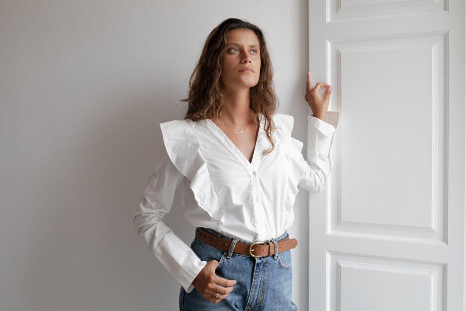 Camisa em algodão com folho